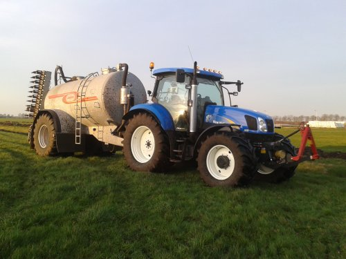 Picture New Holland TS 135 A