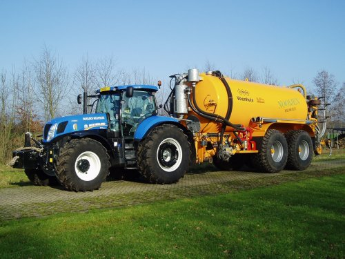 New Holland T 7000 van Nhpaultje