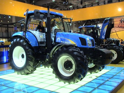 New Holland T 6080 van LalaNH
