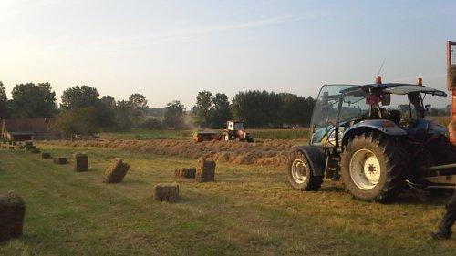 En het seizoen is voorbij. :(. Geplaatst door RobinVL op 05-10-2014 om 20:01:22, op TractorFan.nl - de nummer 1 tractor foto website.