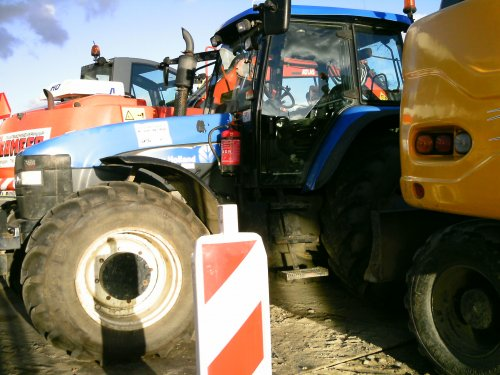 New Holland TL