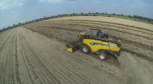 New Holland CX 860 koolzaaddorsen.  More news on: https://www.facebook.com/jo... Twitter: https://twitter.com/johnnyvugt Subscribe our YouTube Channels