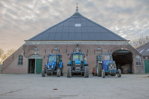 New Holland Meerdere van -NEW-HOLLAND-