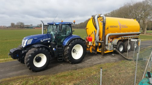 New Holland T 7.270 van nh8770a
