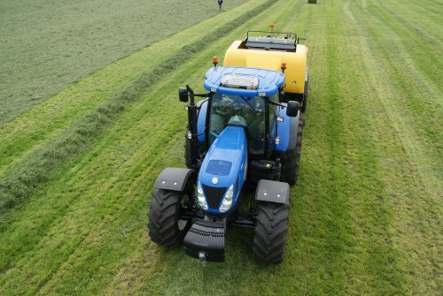 New Holland T 7000 van kees1455