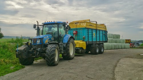 New Holland T 6080 van ford8340sle
