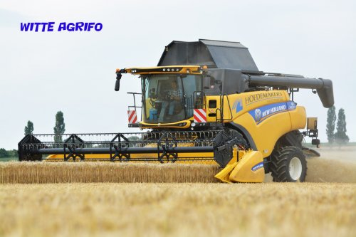 New Holland CR van witte