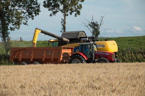 New Holland CX 8060 van jd6100