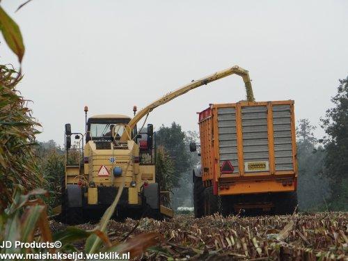 New Holland FX 38 van JohanNunspeetElspeet