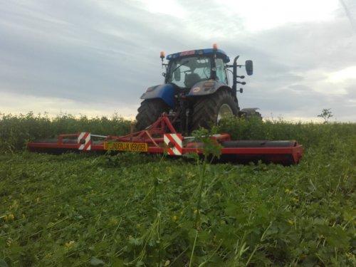 Gaat vooruit zo met 7 m ????. Geplaatst door fiatagriboy op 05-12-2015 om 17:12:15, op TractorFan.nl - de nummer 1 tractor foto website.