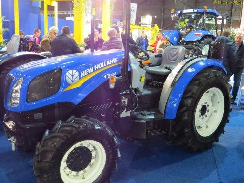 Foto van een New Holland T3F, bezig met poseren. Landbouw beurs Assen 2015. Geplaatst door oldtimergek op 16-12-2015 om 13:33:24, op TractorFan.nl - de nummer 1 tractor foto website.