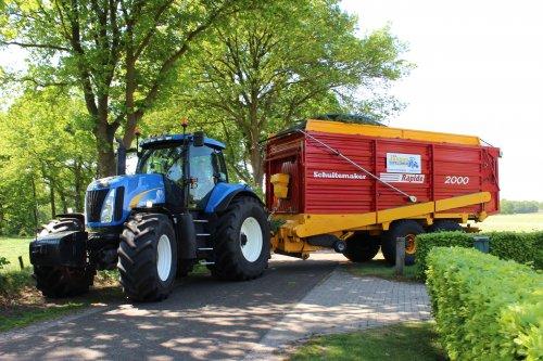 New Holland T 8040 van hoffie306