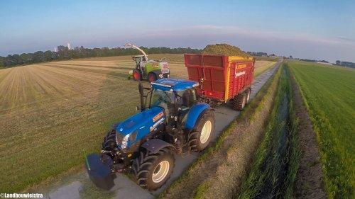 New Holland T 7.235 van LandbouwLeistra