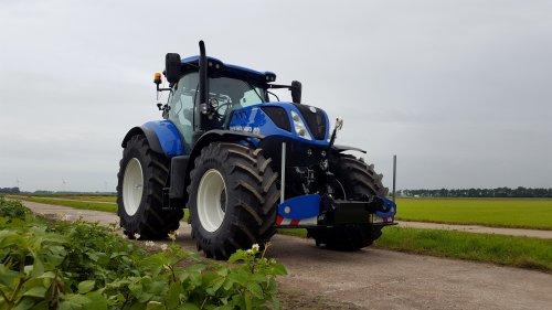 New Holland T 7.190 van eXtratrekker1
