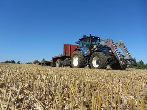 eindelijk eens wat stro kunnen gaan halen.. Geplaatst door nielsve op 18-08-2016 om 21:08:12, op TractorFan.nl - de nummer 1 tractor foto website.