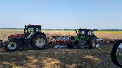 Foto van een New Holland TM 135. Geplaatst door deutz8006 op 27-08-2016 om 19:27:48, op TractorFan.nl - de nummer 1 tractor foto website.