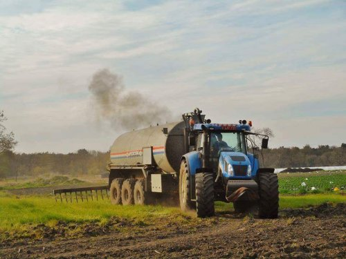 New Holland T 7540 van devermeiren