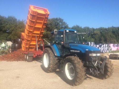 New Holland TM 115 van Ruben-Wind