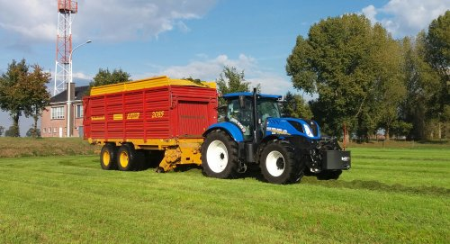 New Holland T 7.190 van larst7030