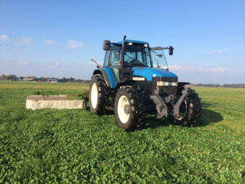 New Holland TM 115 van Ruben-Wind