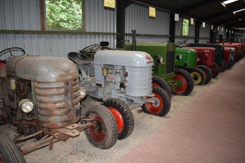 Foto van een O&K Onbekend T18A. Geplaatst door jordi 1455 op 18-06-2019 om 21:43:00, op TractorFan.nl - de nummer 1 tractor foto website.
