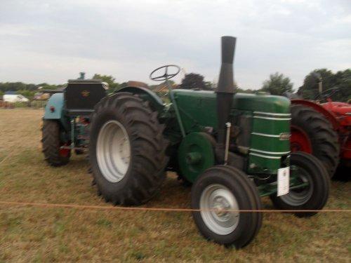 Field Marshall MK I van Romco14