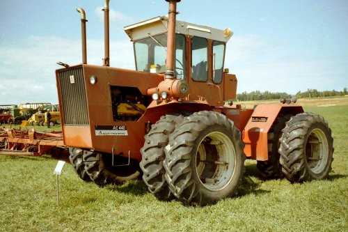 Picture Allis-Chalmers 440