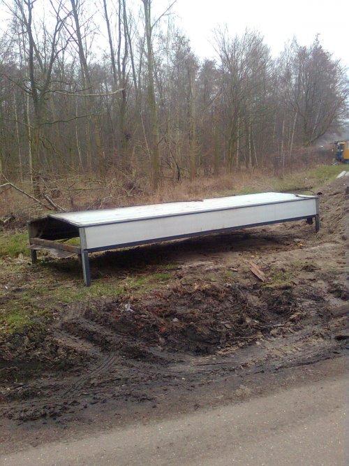 Onbekend Vrachtwagen van vastgereden