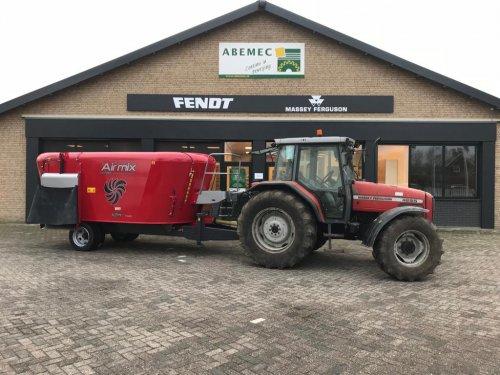 Airmix Future 12m3 getrokken voermengwagen. Geplaatst door fendth op 30-05-2019 om 21:30:55, op TractorFan.nl - de nummer 1 tractor foto website.