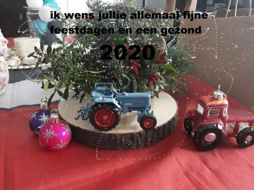 ik wens alle leden van tractorfan alvast fijne feest dagen en ook een gelukkig 2020. Geplaatst door steyrlanzboy op 17-12-2019 om 16:07:47, met 5 reacties.