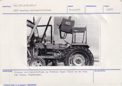 Foto van een Onbekend onbekend/overig Sirocco veiligheidsbeugel veiligheidstest komt van de beeldbank