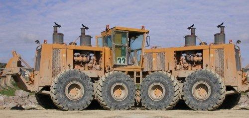 Foto van een Onbekend Onbekend, bezig met tractorpulling.. Geplaatst door Wimsumar op 25-07-2011 om 17:06:11, met 29 reacties.