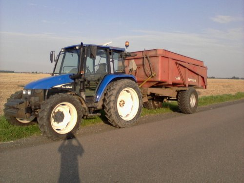 New Holland TL 100 van dobbe