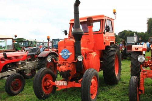 Foto van een Pampa Gloeikop. Geplaatst door alfredo op 20-08-2017 om 12:18:32, op TractorFan.nl - de nummer 1 tractor foto website.