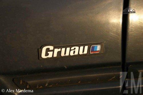 Foto van een Peugeot 205 Gruau, opgebouwd met gesloten opbouw.. Geplaatst door Alex Miedema op 16-01-2016 om 21:32:28, op TractorFan.nl - de nummer 1 tractor foto website.