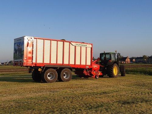 Foto van een Pottinger jumbo. Geplaatst door deutz110 op 01-06-2021 om 05:51:35, op TractorFan.nl - de nummer 1 tractor foto website.