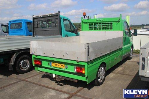 Foto van een Renault Trafic, opgebouwd als open laadbak.. Geplaatst door Katy Kleyn op 16-08-2016 om 15:19:31, op TractorFan.nl - de nummer 1 tractor foto website.
