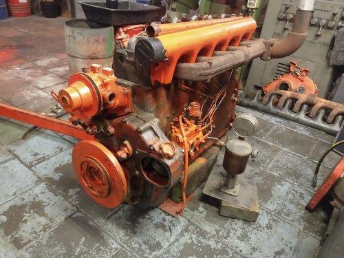 Motor afkomstig uit een Fendt 612s volledig gereviseerd en opgebouwd om gemonteerd te worden in een Renault 951. Het is een MWM226.6