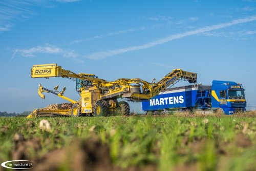 Het seizoen is weer begonnen!!!. Geplaatst door Jan Ramon op 26-10-2016 om 18:08:40, op TractorFan.nl - de nummer 1 tractor foto website.
