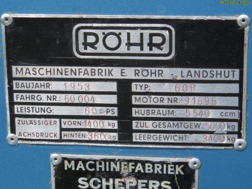 Foto van een Röhr Onbekend, bezig met poseren. Ruinerwold 2015. Geplaatst door oldtimergek op 17-08-2015 om 11:21:24, met 2 reacties.