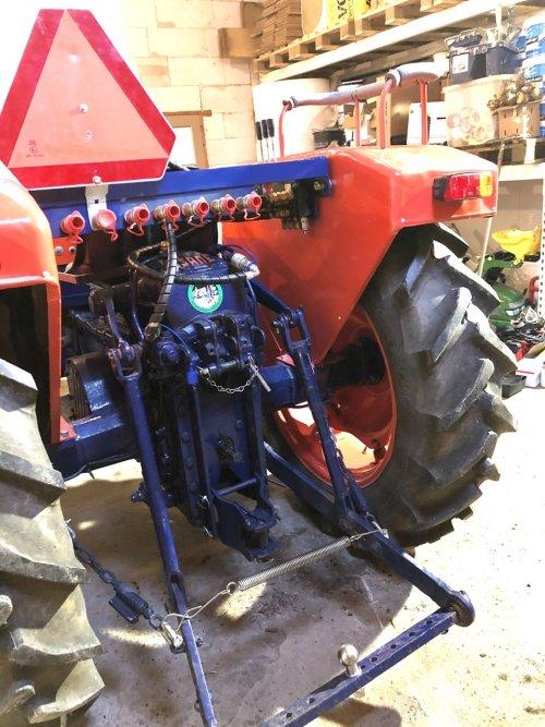 Same Minitauro 50 ombouw afneembaar hydrauliek systeem. Geplaatst door Dick van Driel op 16-02-2020 om 10:45:53, op TractorFan.nl - de nummer 1 tractor foto website.