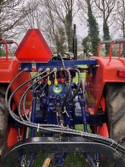 Same Minitauro 50 ombouw afneembaar hydrauliek systeem Let op het kleine stickertje op de hefbrug😀