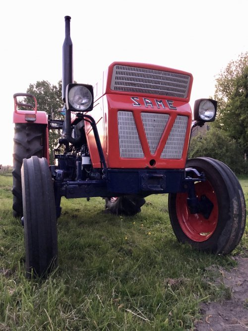 Foto van een Same Minitauro 50. Geplaatst door Dick van Driel op 19-05-2020 om 15:40:00, op TractorFan.nl - de nummer 1 tractor foto website.