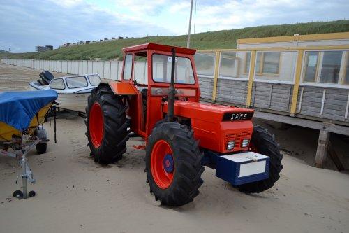 Foto van een Same Onbekend. Strand Egmond aan Zee zuid.. Geplaatst door Lucas Ensing op 07-08-2020 om 20:44:15, op TractorFan.nl - de nummer 1 tractor foto website.