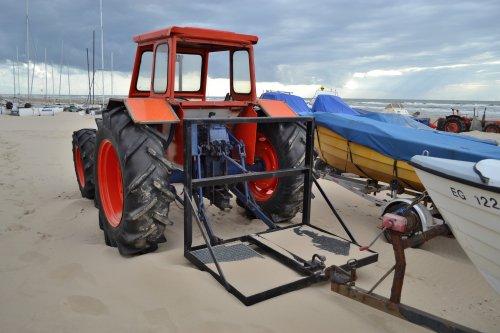 Foto van een Same Onbekend. Strand Egmond aan Zee zuid.. Geplaatst door Lucas Ensing op 07-08-2020 om 20:44:19, op TractorFan.nl - de nummer 1 tractor foto website.