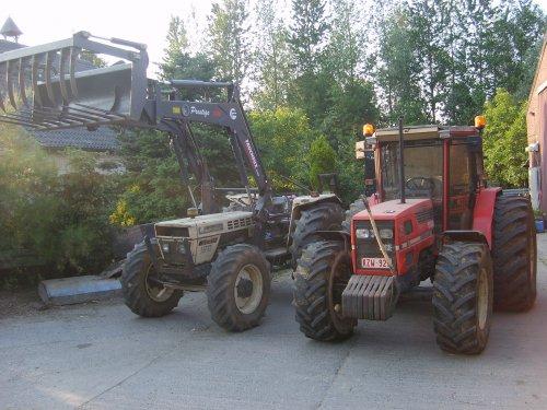 Foto van onze Same en Lamborghini, bezig met poseren.. Geplaatst door TomopSame op 28-06-2010 om 23:09:38, met 2 reacties.