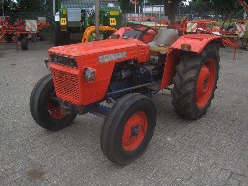 Foto van een Same Delfino 32, bezig met poseren.. Geplaatst door jordi 1455 op 17-08-2015 om 14:53:58, op TractorFan.nl - de nummer 1 tractor foto website.