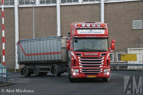Foto van een Scania R500, opgebouwd voor containertransport.. Geplaatst door Alex Miedema op 04-04-2014 om 15:54:36, op TractorFan.nl - de nummer 1 tractor foto website.