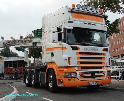 Foto van een Scania R620, opgebouwd overig / onbekend.. Geplaatst door René op 04-09-2018 om 23:29:35, op TractorFan.nl - de nummer 1 tractor foto website.
