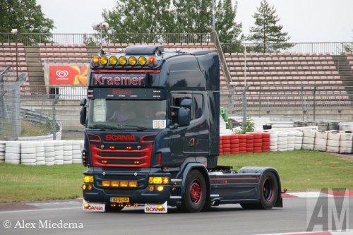 Foto van een Scania R560.. Geplaatst door Alex Miedema op 21-07-2014 om 14:42:51, op TractorFan.nl - de nummer 1 tractor foto website.